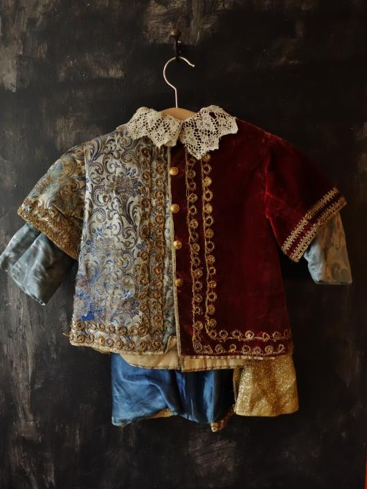 フランスアンティーク***  ルネッサンス様式の子供服 19世紀舞台劇場用                                        [2015oct13]